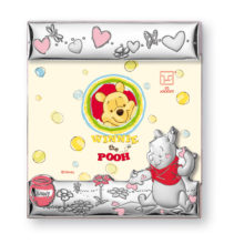 Digital photo frame in silver of the cute Winnie the Pooh, Disney ©, for Italsilver.
