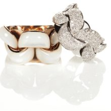 Precious Chimento Infinnity ring in gold 18 carats.