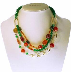 Collar en plata chapada en oro y piedras naturales de diferentes colores