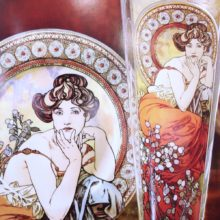 Goebel: vases in glass painter Alphonse Mucha