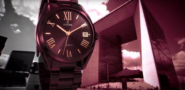 Relojes Festina mujer Boyfriend en color cereza, anunciados en televisión