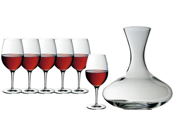 Juego de copas de vino y decantador, de WMF.