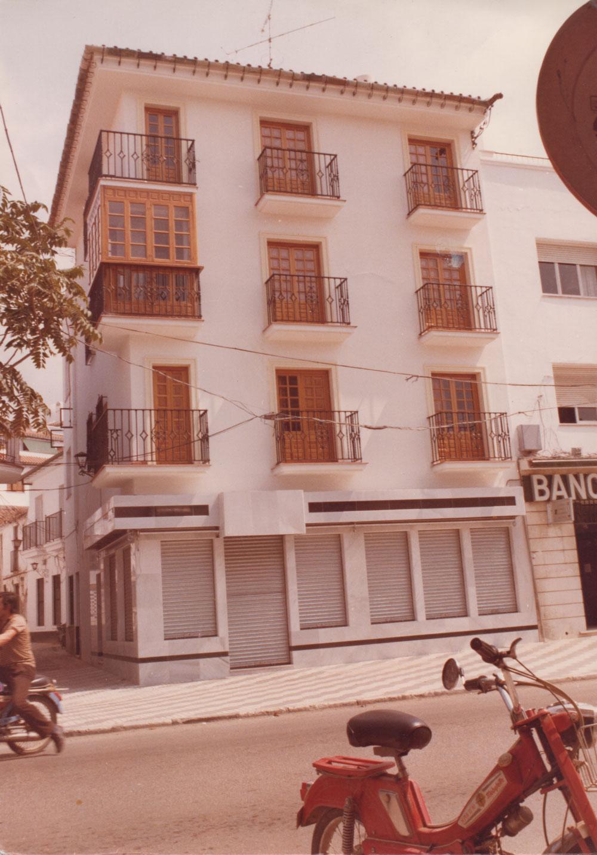 Edificio sonde se situa Joyería Miguel Relojería.